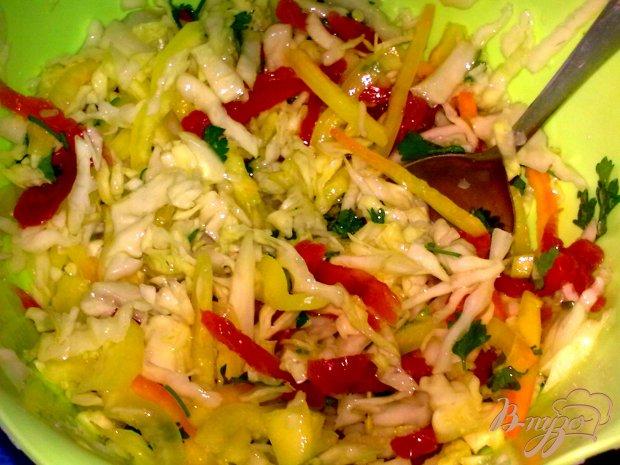 Салат с капустой и курагой