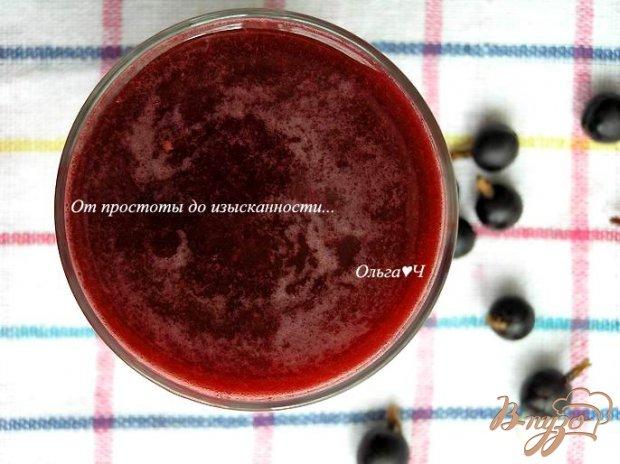 Напиток из кока-колы с ягодами