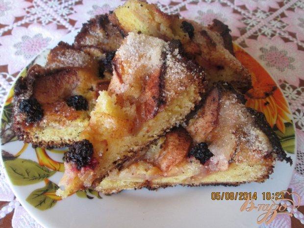 Яблочно- ежевичный пирог