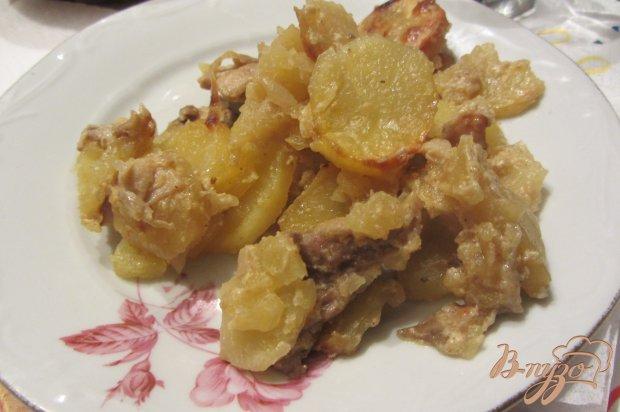 Аппетитный картофель тушенный с грибами и свининой.
