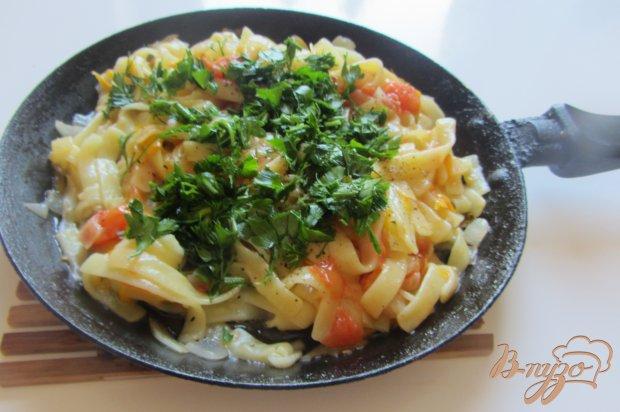 Спагетти тушеные с овощами и специями