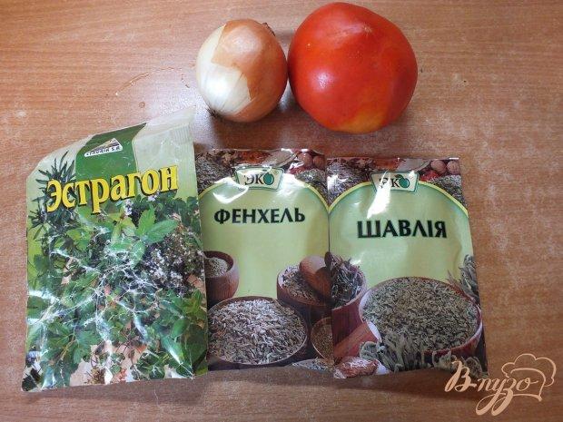Салат из помидора с  фенхелем и шалфеем