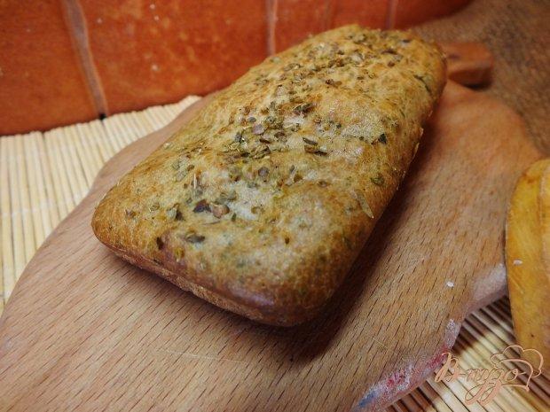 Хлеб с итальянскими травами и фенхелем на молоке