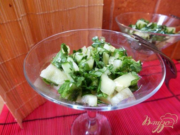 Салат из кислого молодого щавеля