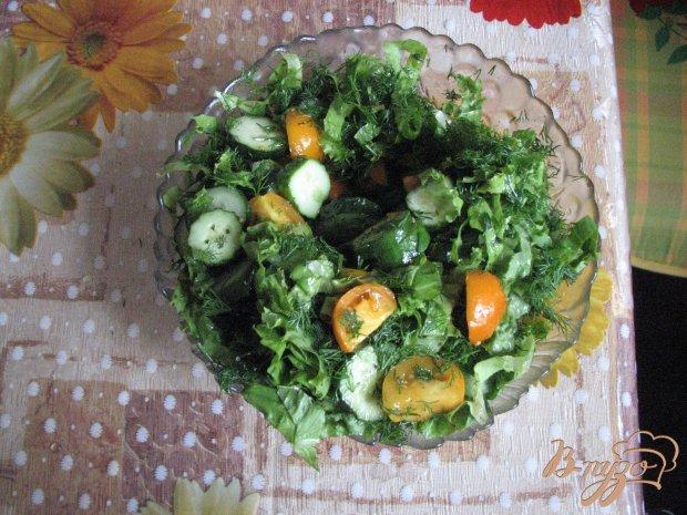 Салат с желтіми помидорами