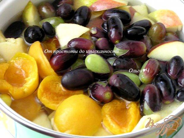Кисель из яблок, абрикосов и винограда с желфиксом