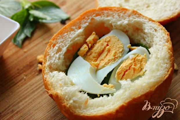 Средиземный сэндвич с тунцом
