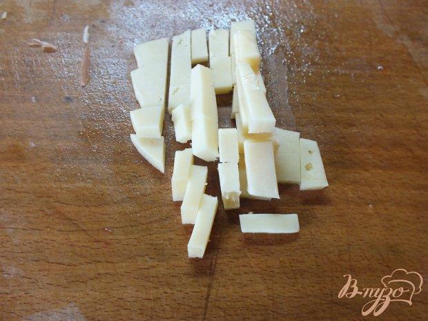 Кабачки с сыром, грецким орехом и помидорами