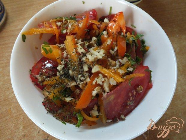 Салат из свежей тыквы с чабером и грецким орехом