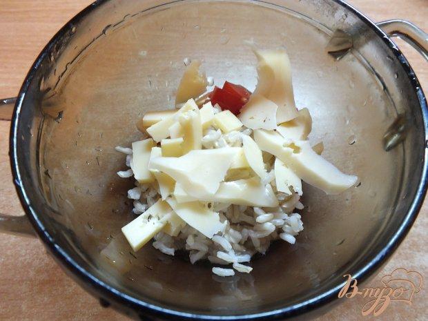 Зразы из синих с рисом, сыром и помидорами