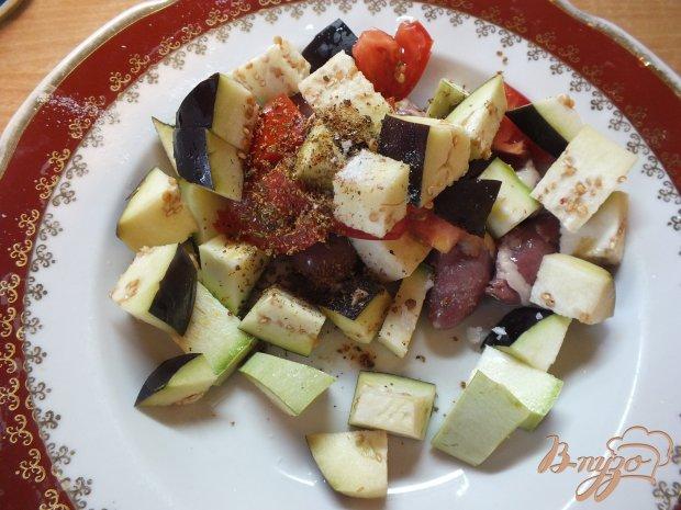 Теплый салат с сердечками
