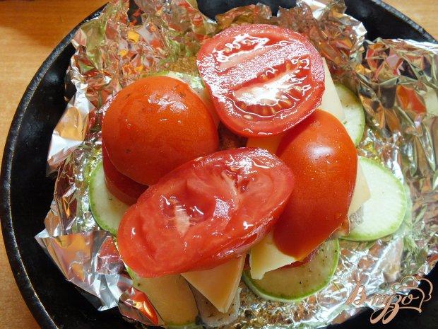 Хек запеченный с овощами