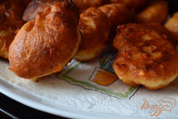 Дрожжевые пончики с цукатами
