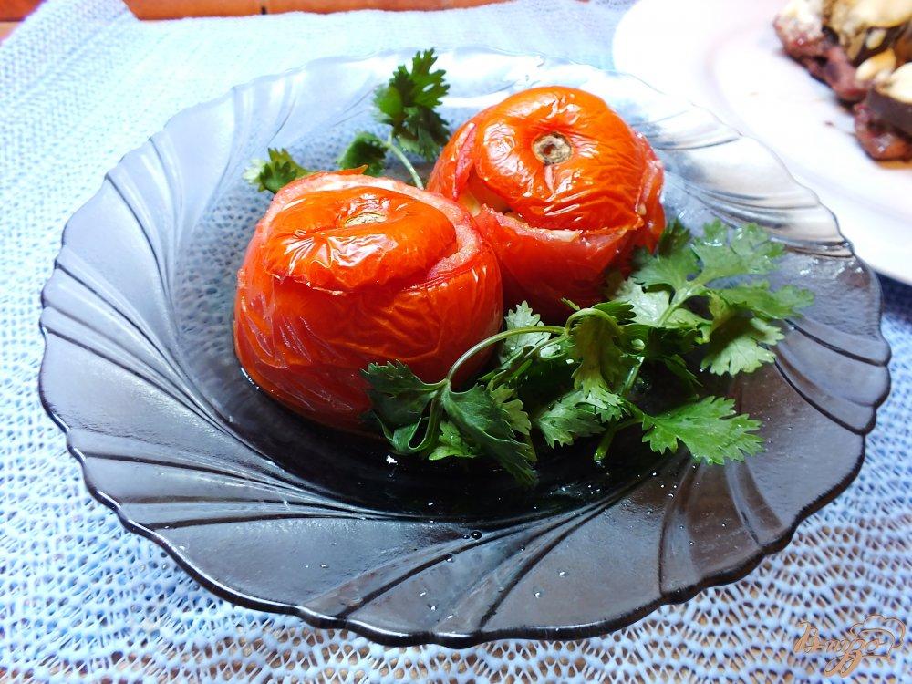 Фото приготовление рецепта: Помидор запеченный с кабачком и сыром шаг №8