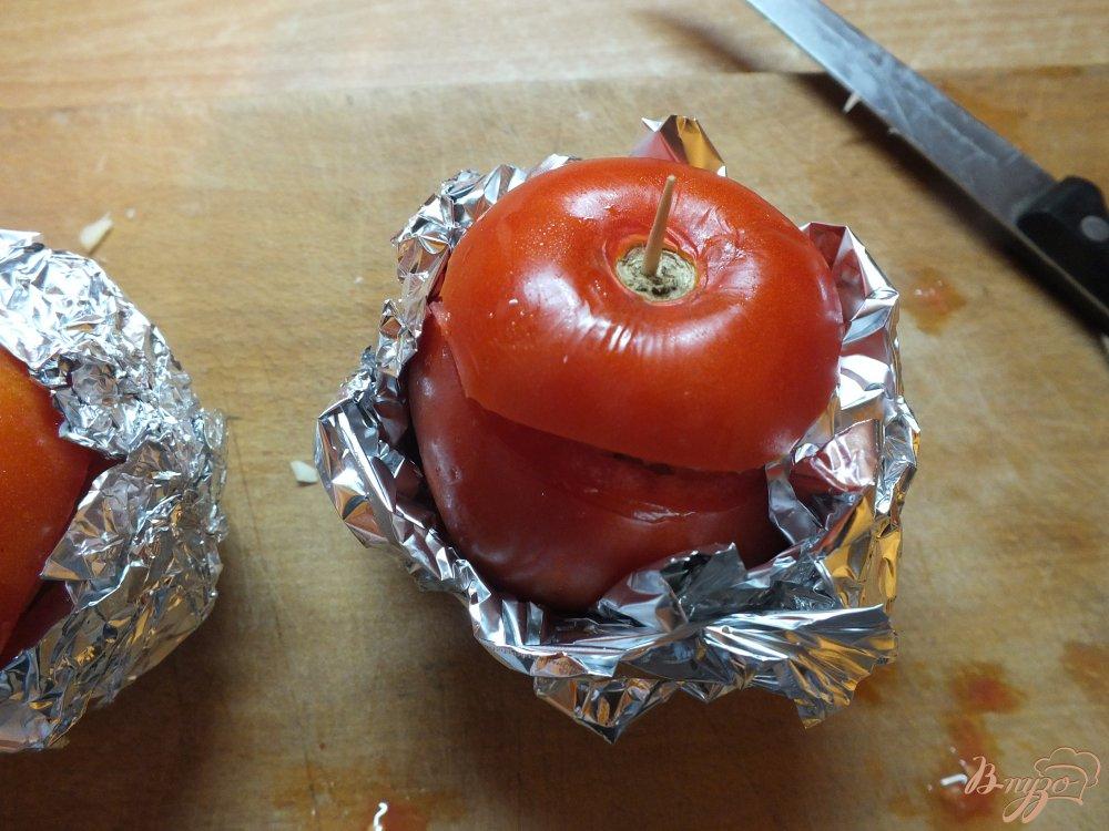 Фото приготовление рецепта: Помидор запеченный с кабачком и сыром шаг №7