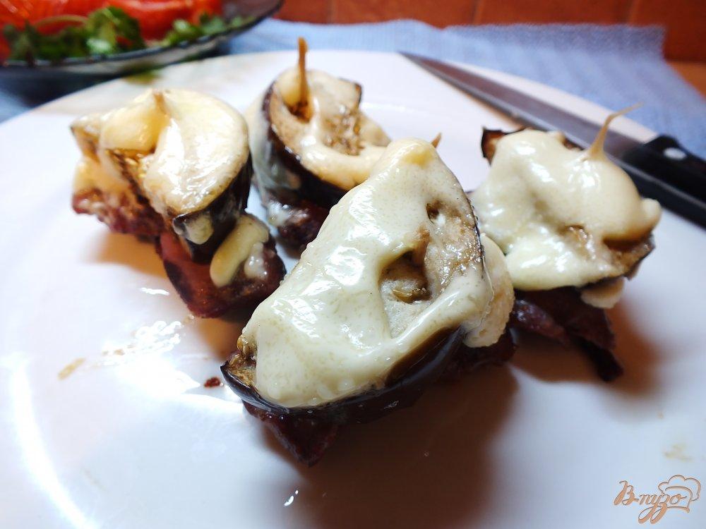 Фото приготовление рецепта: Биточки из говядины с овощами шаг №7