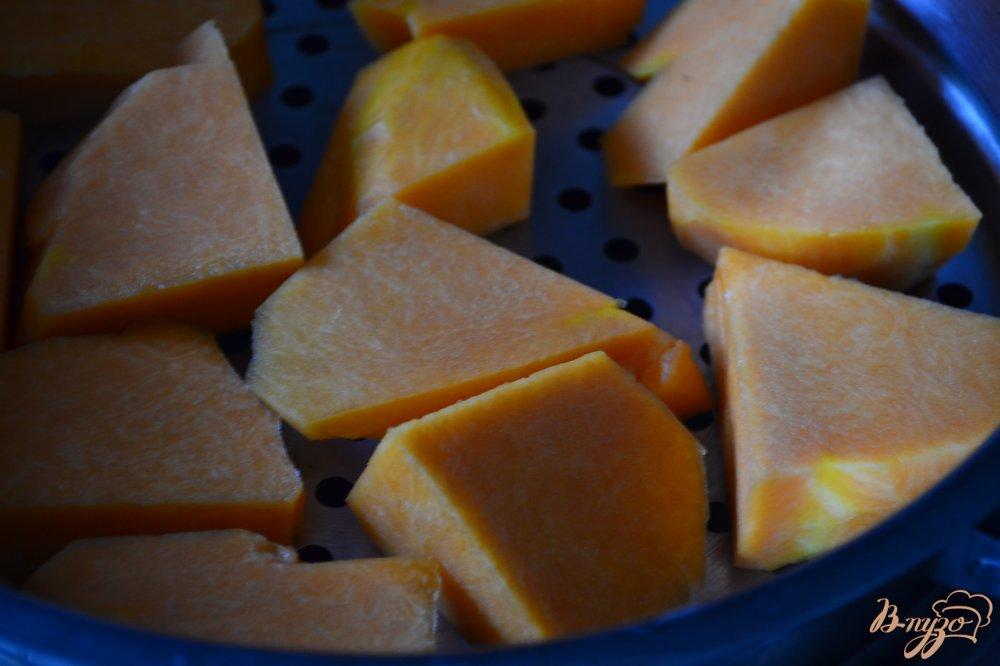 Фото приготовление рецепта: Десерт с  тыквенным кремом шаг №1