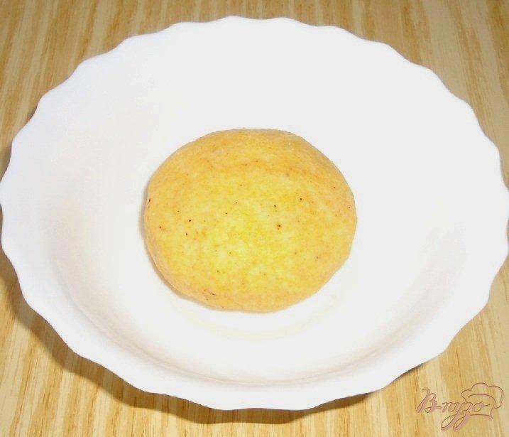 Фото приготовление рецепта: Кукурузные тарталетки с паштетом из крабовых палочек шаг №3