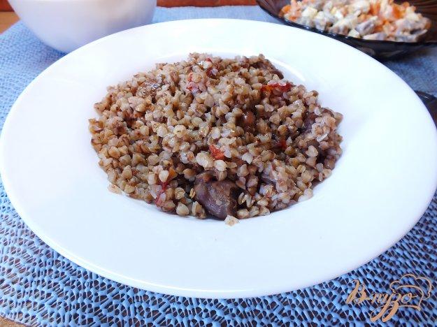 Рецепт Гречка с томатами и куриными желудками