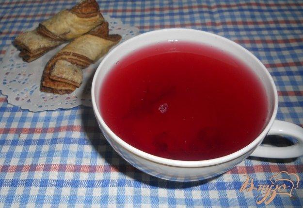 фото рецепта: Компот из трех видов смородины