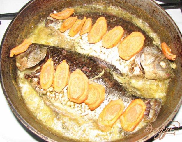 Рецепт Запеченны караси в сметанном соусе