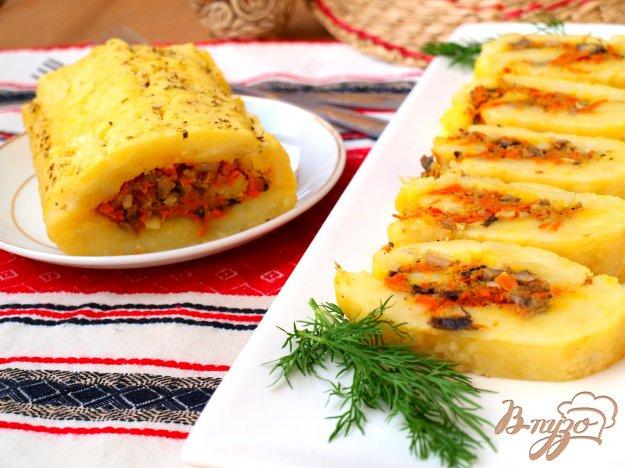 Рецепт Рулет из картофеля с морковью и грибами