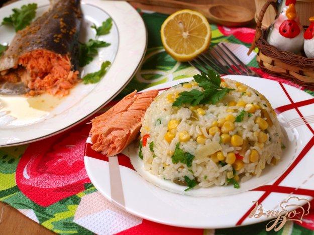Рецепт Форель запечённая в горчичном соусе и рисовый гарнир с перцами и кукурузой