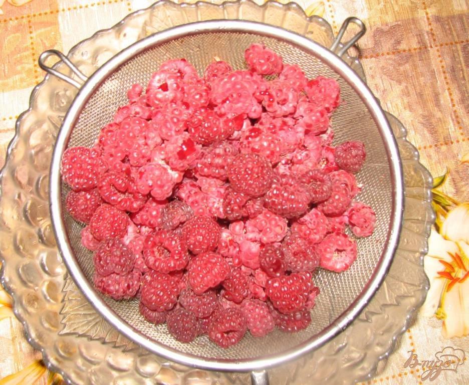 Фото приготовление рецепта: Малиновое варенье шаг №1