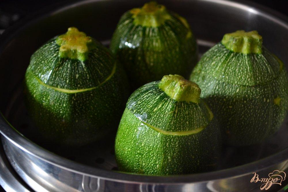Фото приготовление рецепта: Фаршированные кабачки шаг №2