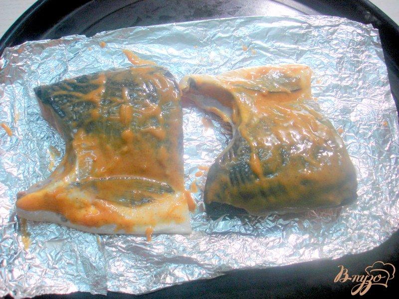 Фото приготовление рецепта: Лосось под горчицей и кленовым сиропом шаг №3
