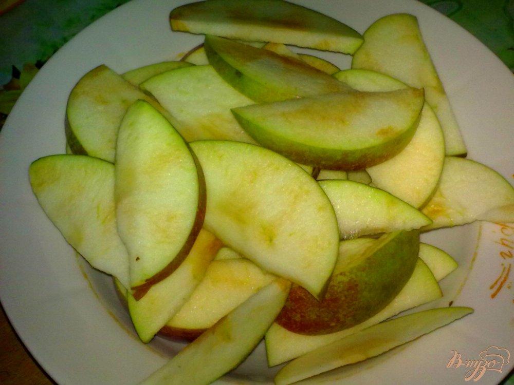Фото приготовление рецепта: Компот из яблок с красной смородиной шаг №1