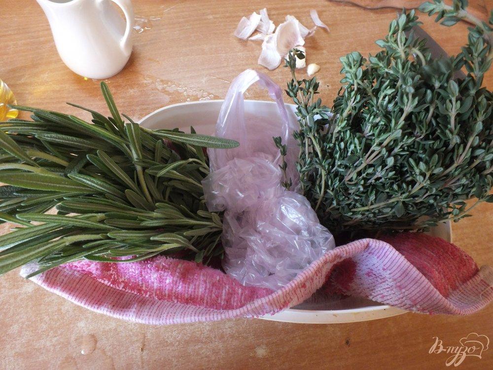 Фото приготовление рецепта: Розмариновый соус-закуска к итальянским блюдам шаг №6
