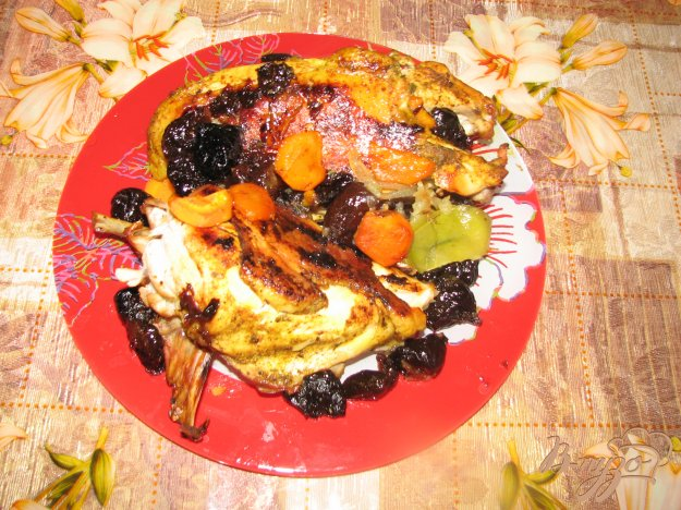 Рецепт Курица, запеченная в рукаве с черносливом