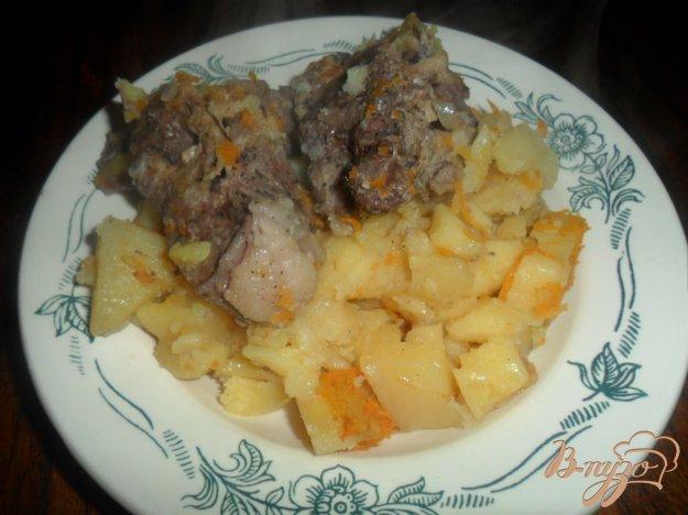 фото рецепта: Тушенная картофель с свиными ребрами