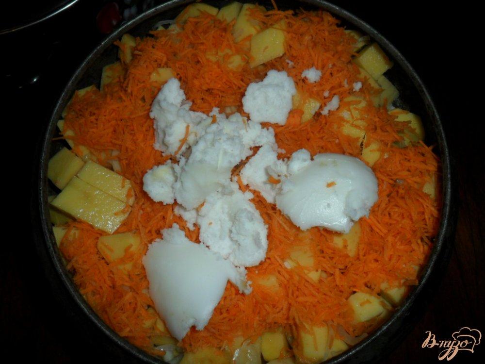 Фото приготовление рецепта: Тушенная картофель с свиными ребрами шаг №4