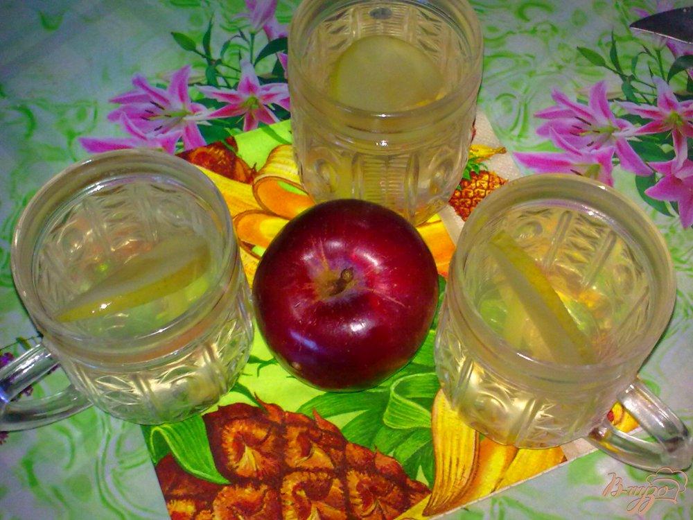 Фото приготовление рецепта: Компот яблочный с имбирем и тмином шаг №5