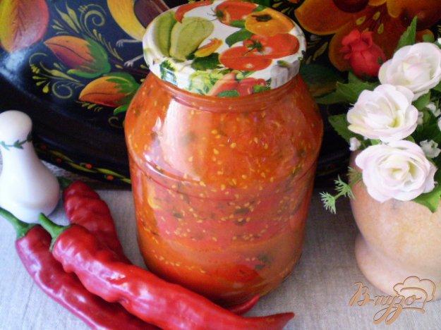 Рецепт Горький перец в томате с чесноком и зеленью
