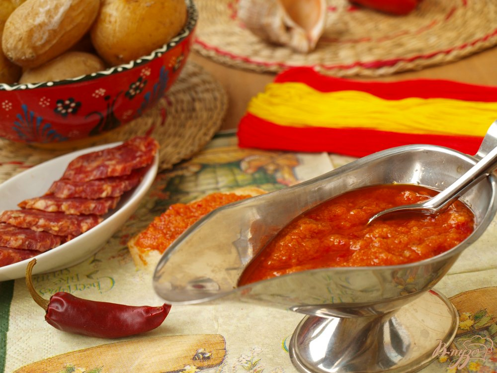 Фото приготовление рецепта: Канарский острый соус – mojo picon шаг №6