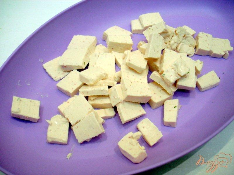 Фото приготовление рецепта: Суп из капусты с сырочками шаг №6