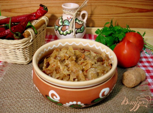 Рецепт Капуста тушёная с куриными желудочками