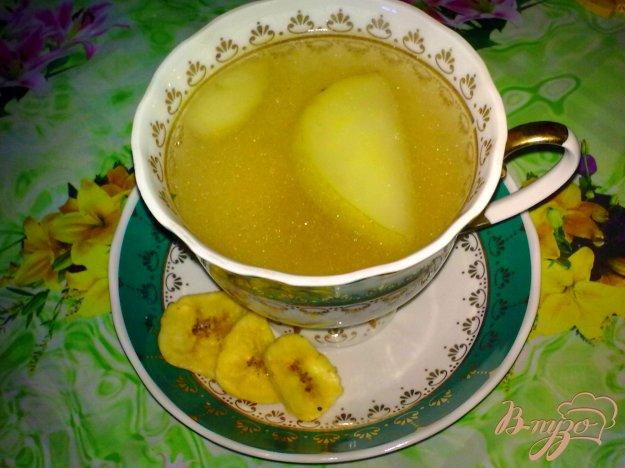 фото рецепта: Компот яблочный с бананом и кардамоном