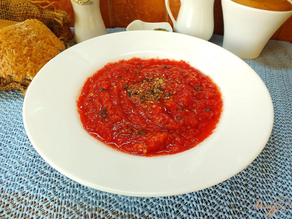 Фото приготовление рецепта: Холодный томатный суп с печеной тыквой шаг №9