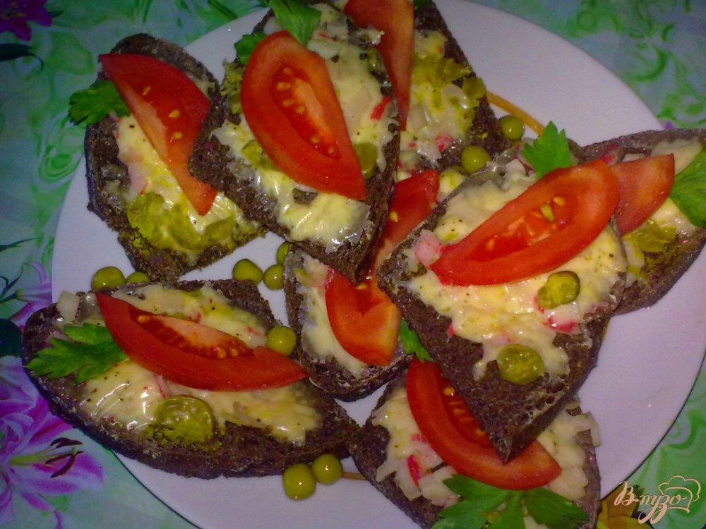 Фото приготовление рецепта: Бутерброды горячие шаг №7