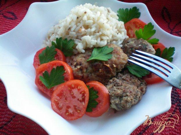 Рецепт Котлеты с кабачками, помидорами и рисом