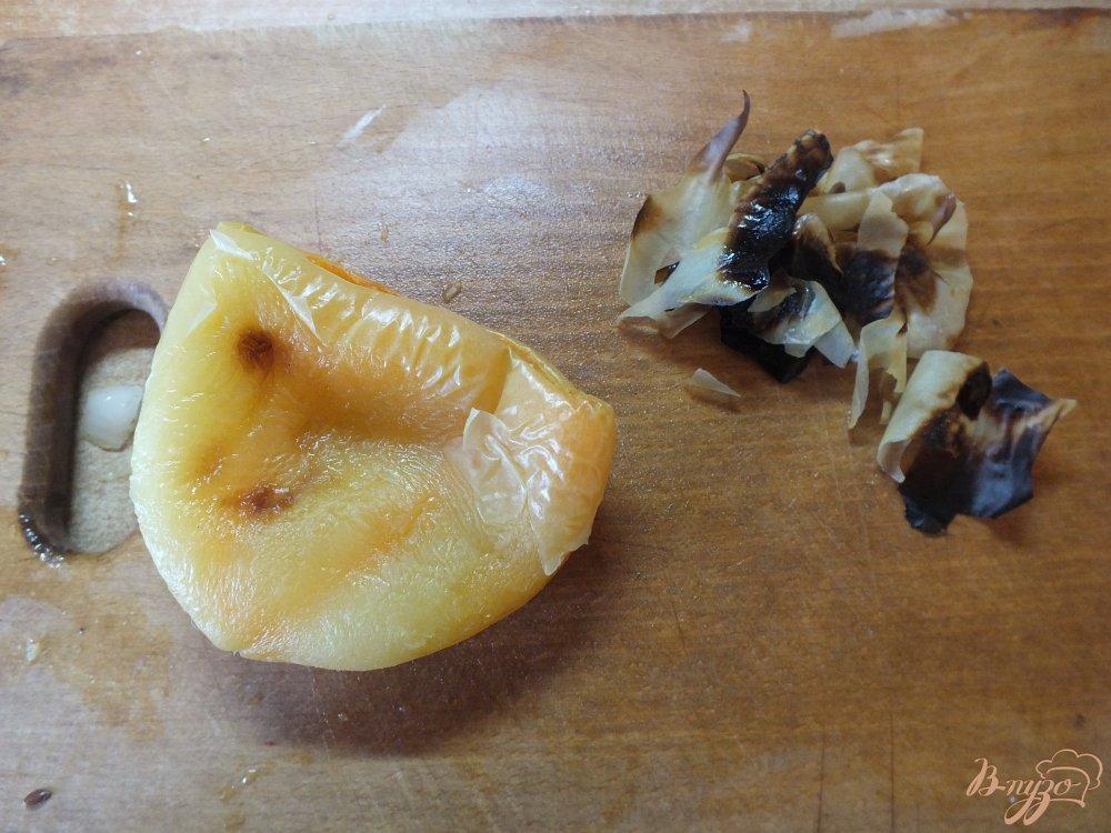 Фото приготовление рецепта: Холодный суп-пюре из печеных овощей и лаваша шаг №6