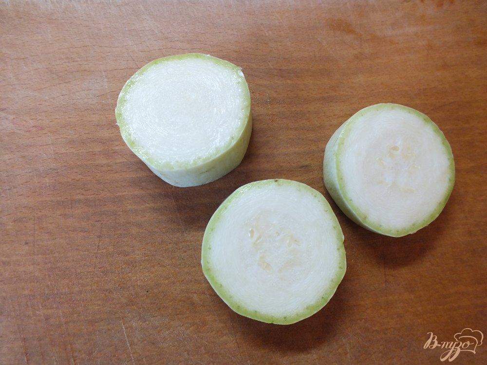 Фото приготовление рецепта: Холодный суп-пюре из печеных овощей и лаваша шаг №2