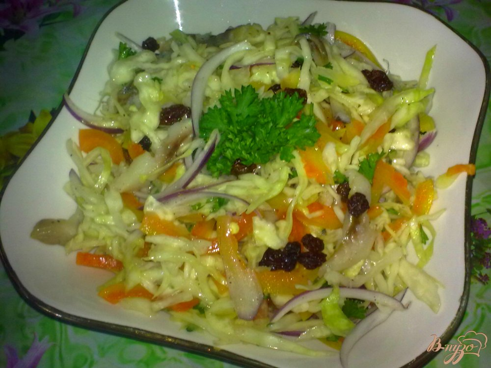 Фото приготовление рецепта: Салат с сельдью шаг №7