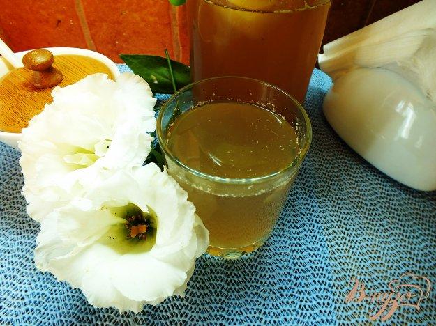 фото рецепта: Яблочно-сливовый компот с шалфеем и корицей