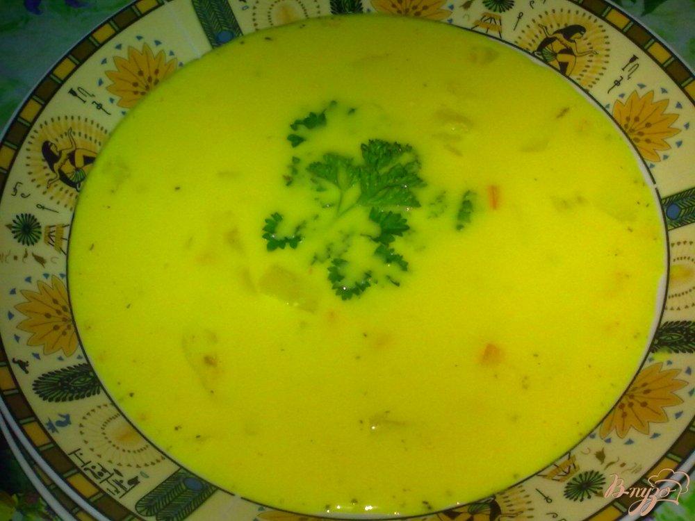 Фото приготовление рецепта: Суп овощной с сыром шаг №8