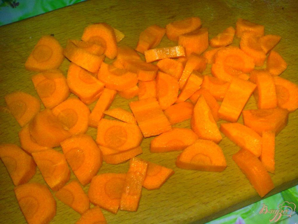 Фото приготовление рецепта: Суп овощной с сыром шаг №2
